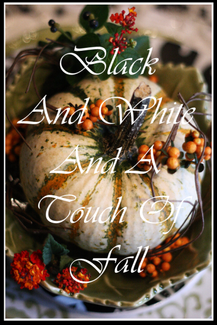 SOUTHERN STYLE HOME DECOR GIVEAWAY~ BLACK AND WHITE AND A TOUCH OF FALL TABLESCAPE