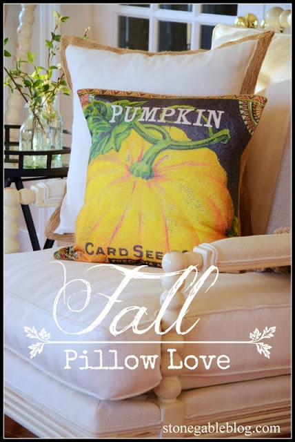 FALL PILLOW LOVE