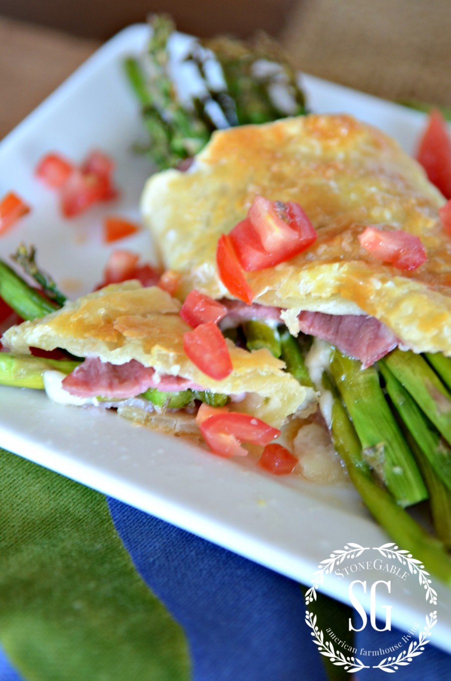 ASPARAGUS HAM AND PARMESAN PUFF PASTRY BUNDLES-light and fresh ...