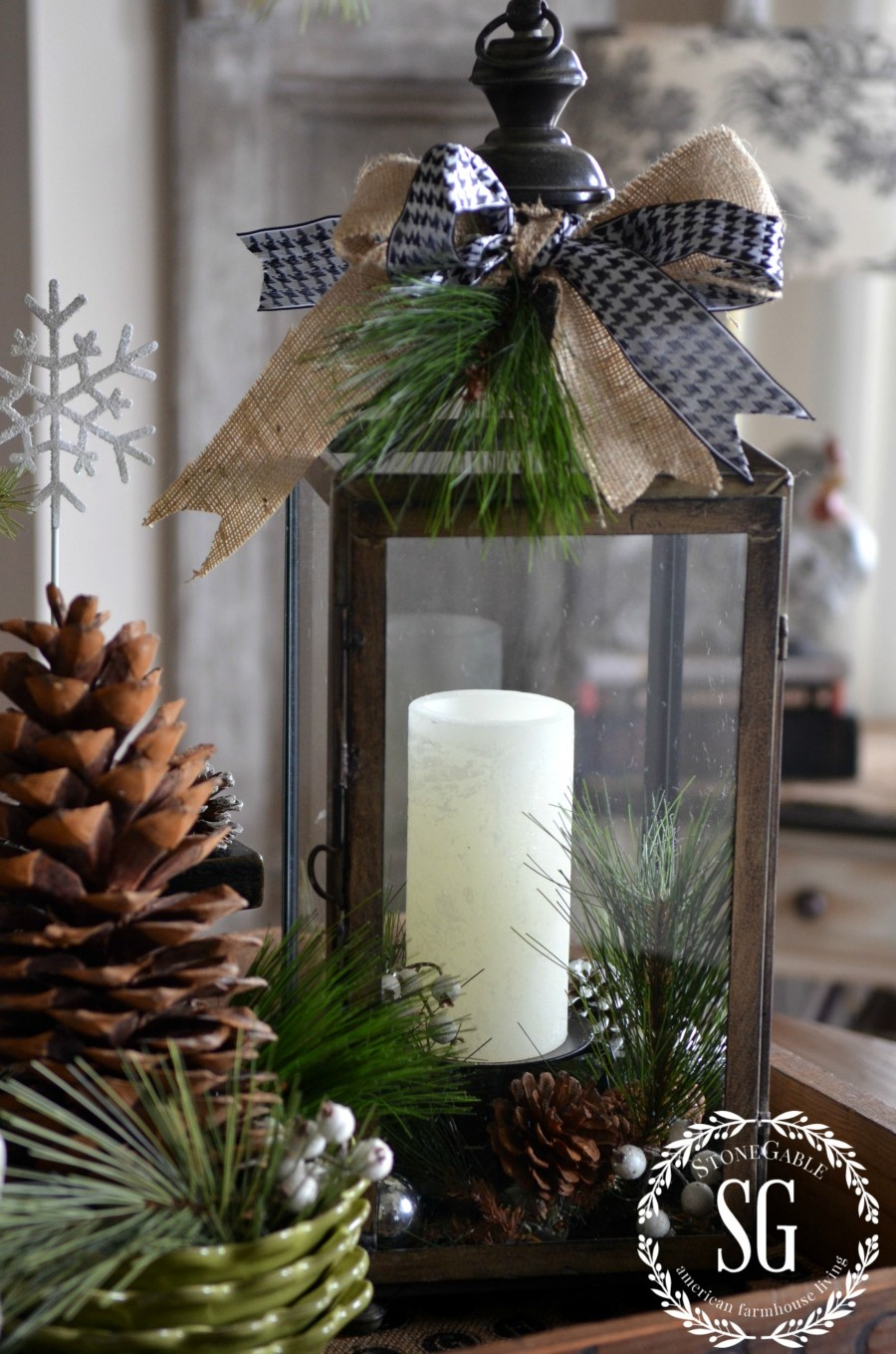 Farmhouse Christmas Vignette Creating