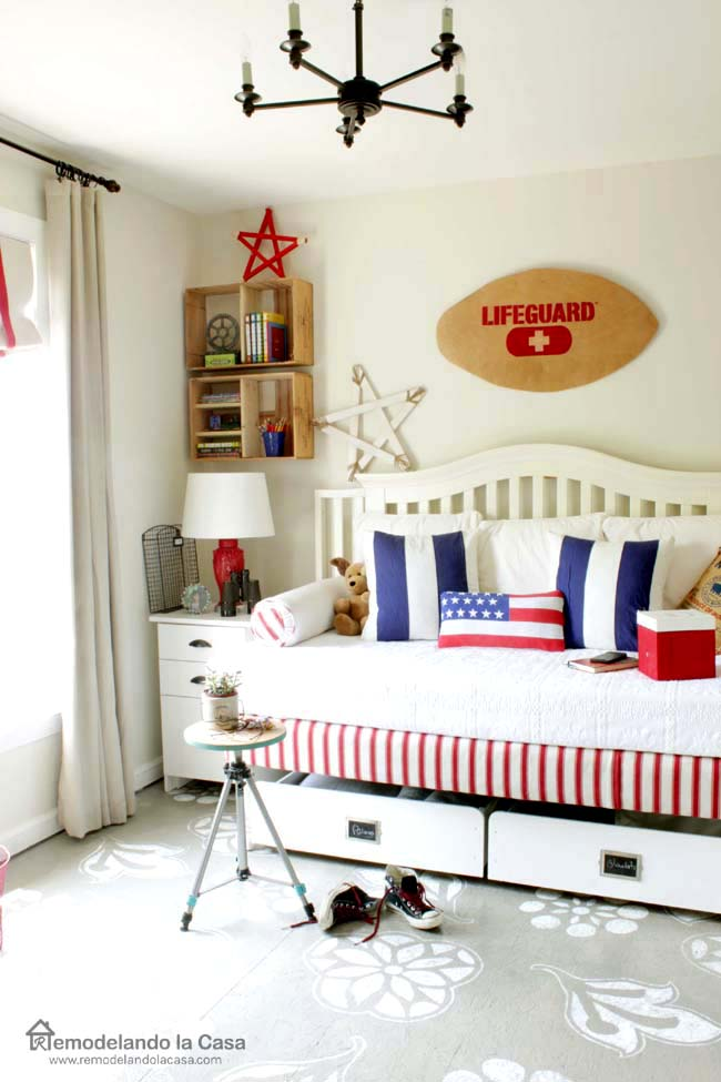 rlc-patriotic bedroom with lifeguard board1