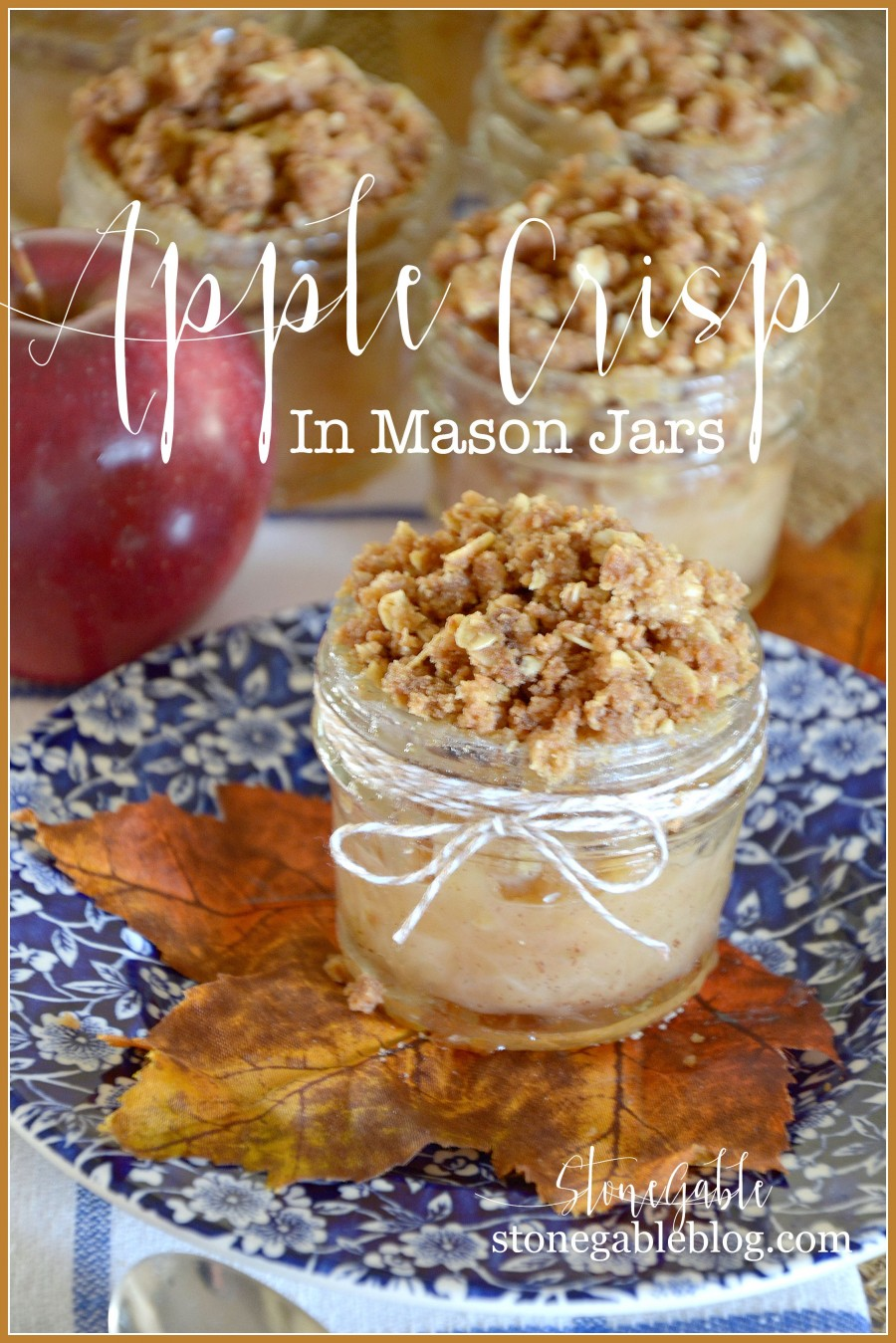 APPLE CRISP IN A MASON JARS