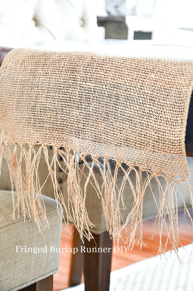 BURLAP FRINGED TABLE R...