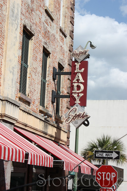 Paula Deen's Delicious Fried Chicken and a Lady and Sons Tour