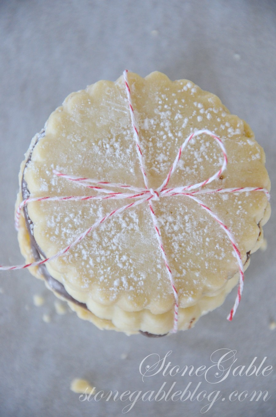CHOCOLATE FILLED SHORTBREAD COOKIES- shortbreads with twine- stongableblog.com