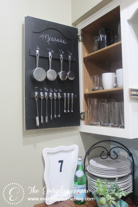 measuring-cup-storage