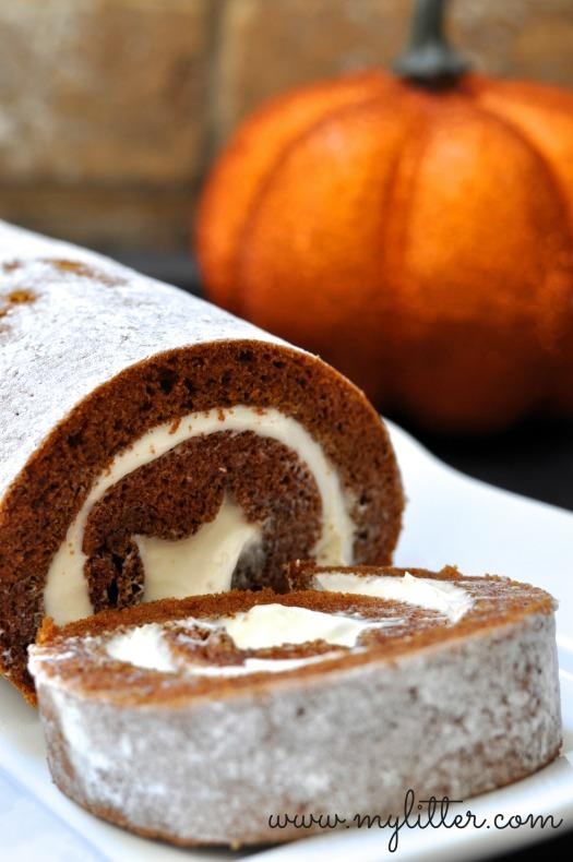 Easy Pumpkin Roll Recipe