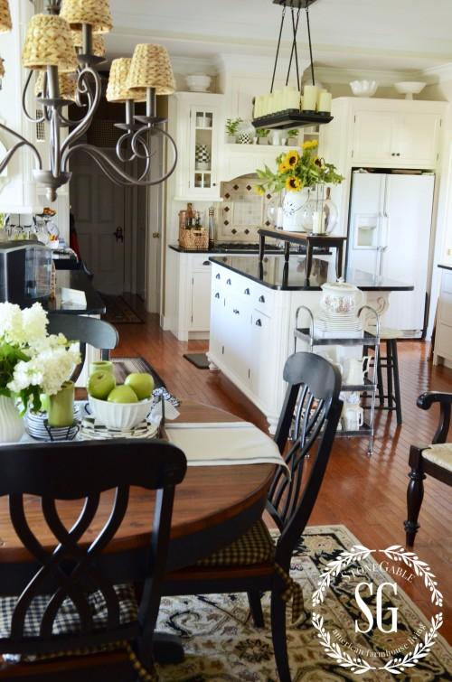 Early Fall Farmhouse Kitchen Stonegable