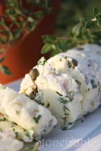 compound butter-slices-stonegableblog.com