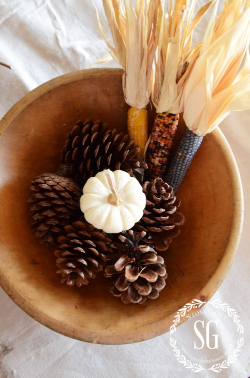 5 MINUTE FALL DECOR-indian corn on one side-stonegableblog.com