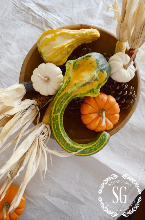5 MINUTE FALL DECOR-orange-white-pumpkins-stonegableblog.com