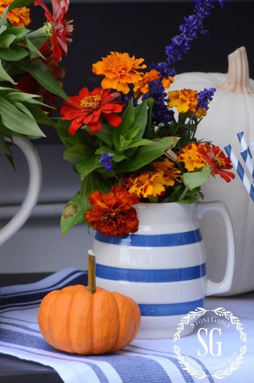FALL DRINK STATION-pumpkin-flowers-stonegableblog.com