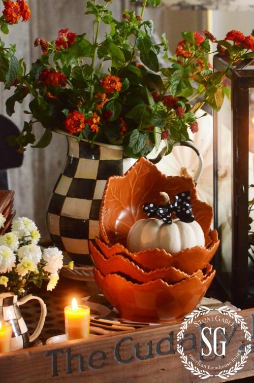 FALL KITCHEN TABLE VIGNETTE-pitcher-pumpkins-stonegableblog.com