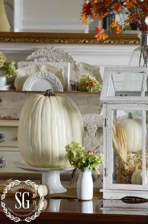 Fall-Dining Room-table-pumpkins-hydrangeas-stonegableblog.com