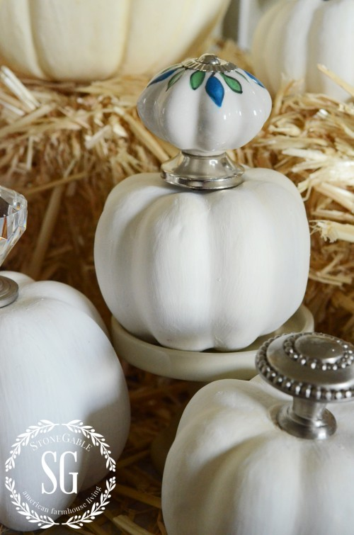 KNOB TOP PUMPKINS-painted knobs-stonegableblog.com