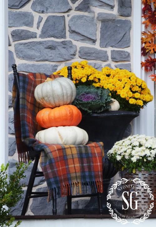 FALL FRONT PORCH-stacked-pumpkins-stonegableblog.com