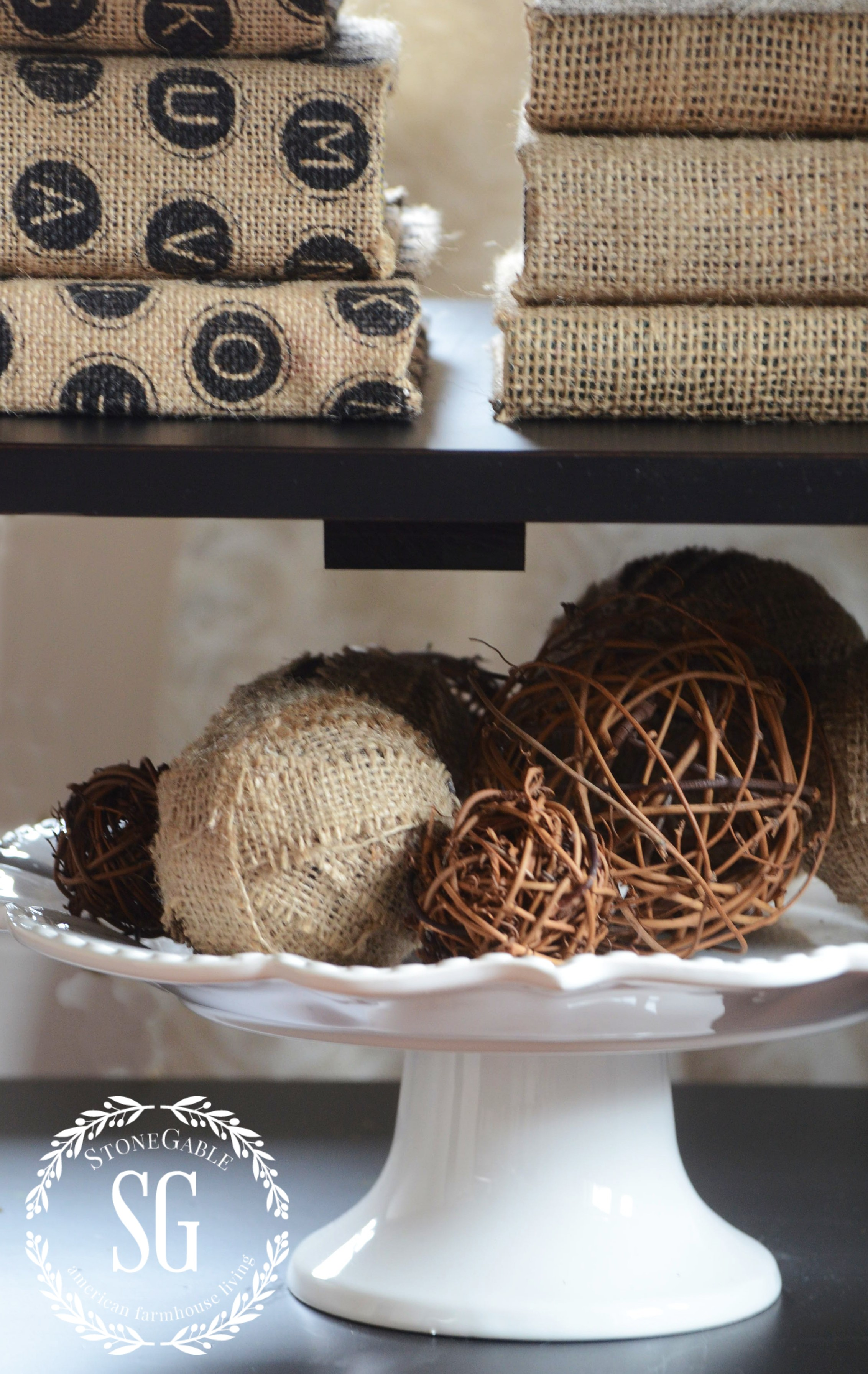5 Tips To Decorate Accent Table Shelves Like A Pro