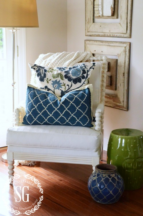 LAYERING DECOR-adding blue pottery-stonegableblog.com
