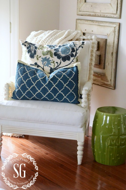LAYERING DECOR-minus blue pottery-stonegableblog.com