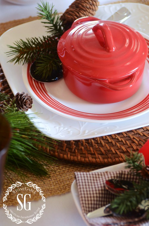 WOODLAND CHRISTMAS TABLESCAPE-beautiful embossing-stonegableblog.com