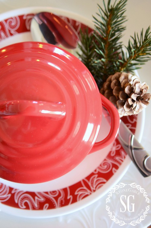 WOODLAND CHRISTMAS TABLESCAPE-red crock lid-stonegableblog.com
