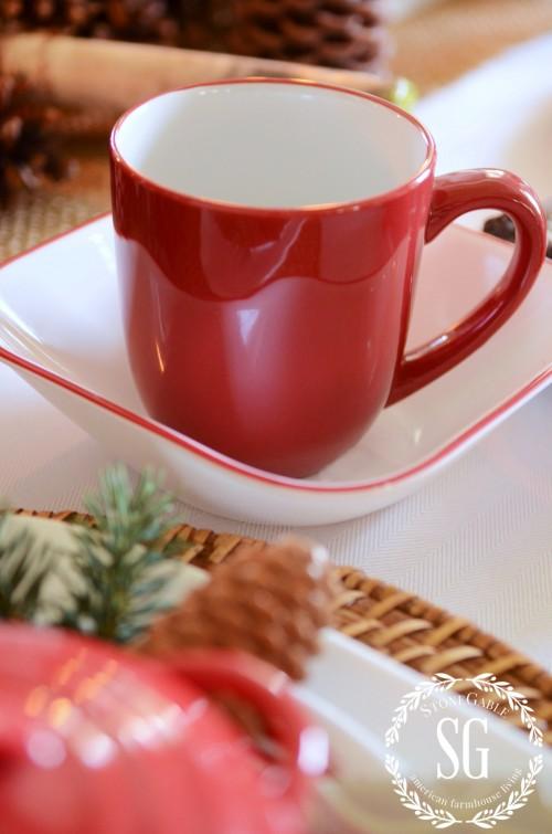 WOODLAND CHRISTMAS TABLESCAPEmug-bowl--stonegableblog.com