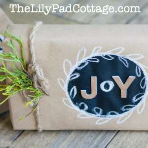 chalkboard-gift-wrap-button (1)