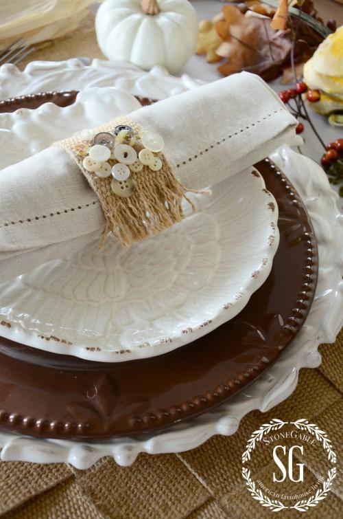 Burlap webbing placemats and napkin rings-thanksgiving-stonegableblog