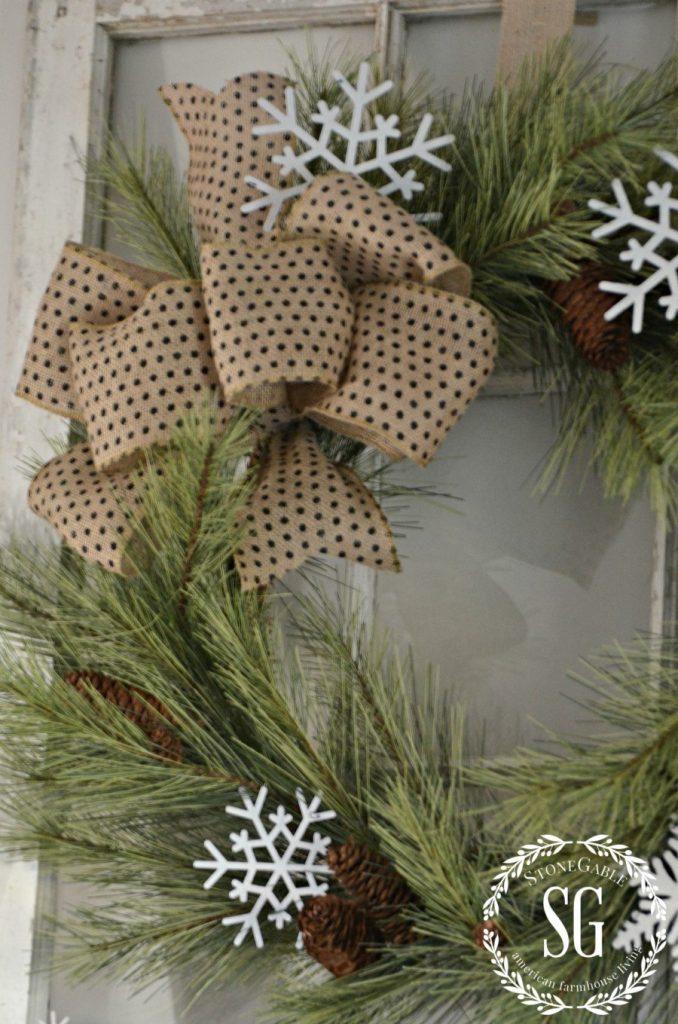 CHRISTMAS FARMHOUSE MANTEL-pine wreath with burlap bow-stonegableblog.com
