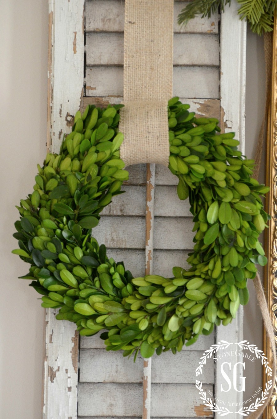 Creative Way To Use Wreaths Stonegable