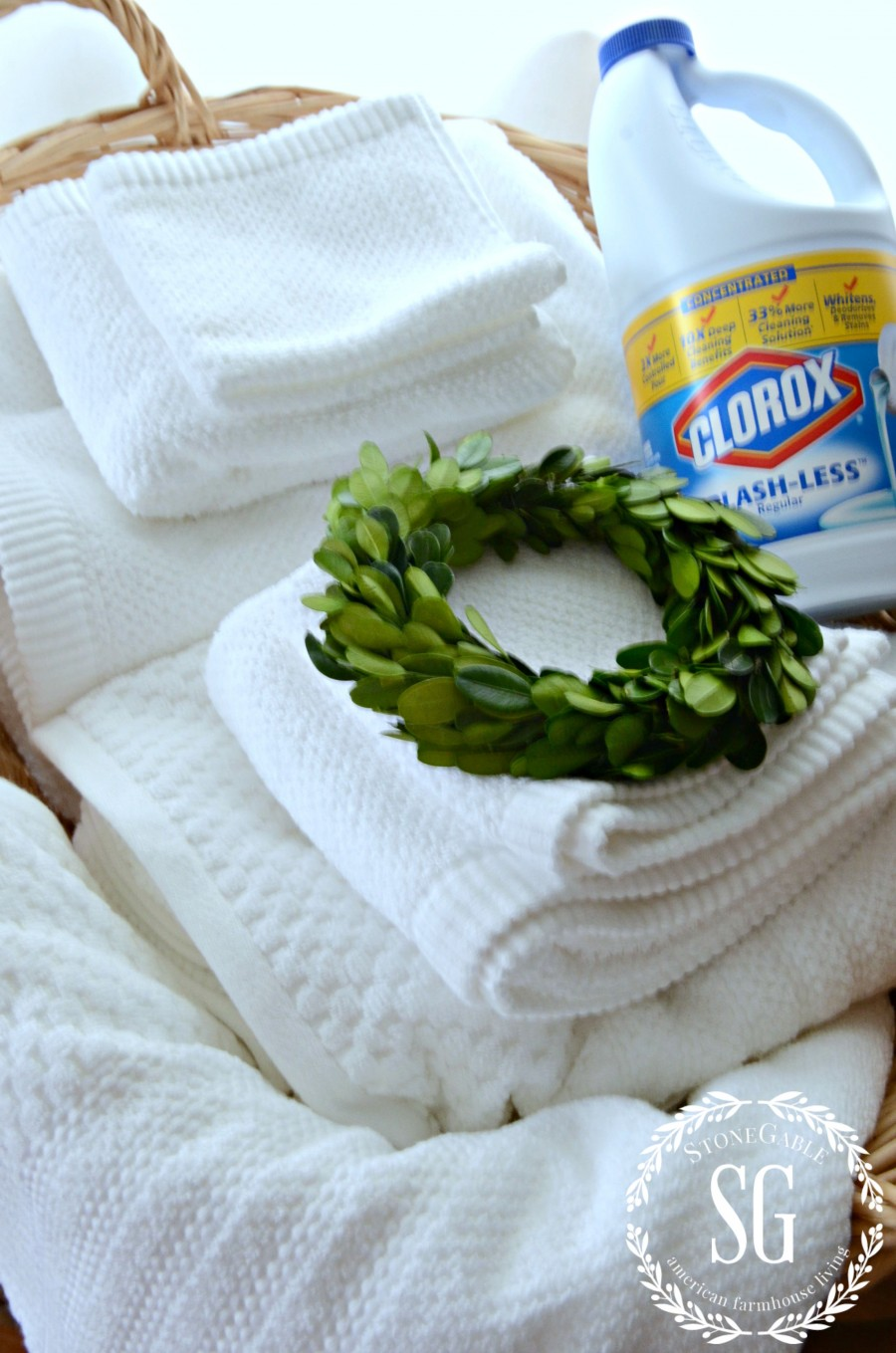 how to clean white towels that have yellowed
