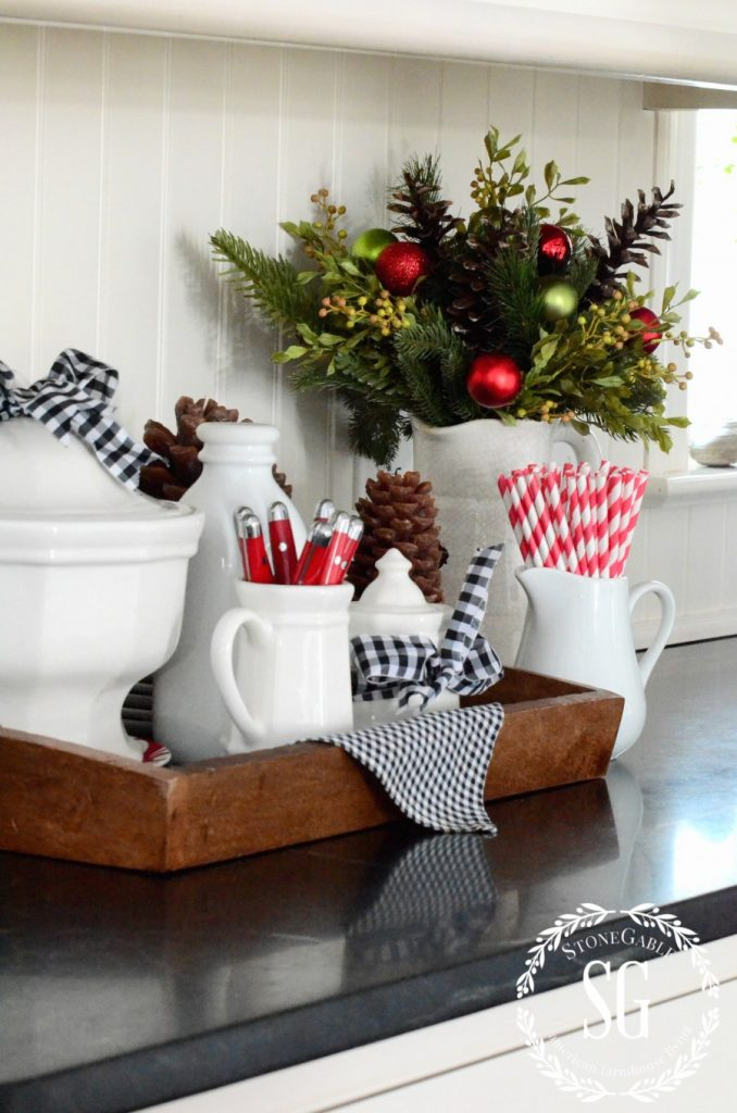 HOW TO ADD SEASONAL DECOR TO YOUR HOME-christmas greens-stonegableblog.com