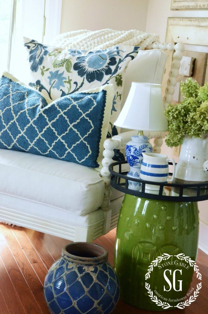 HOW TO ADD SEASONAL DECOR TO YOUR HOME-layered decor-stonegableblog.com