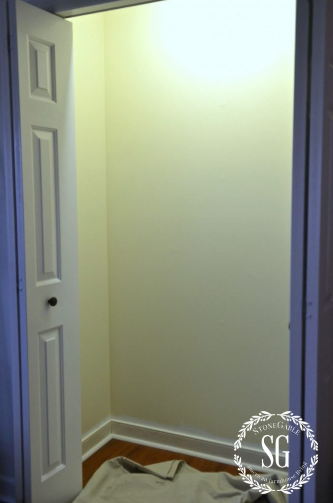 ORGANIZE AND TRANSFORM A CLOSET-freshly painted closet-stonegableblog.com