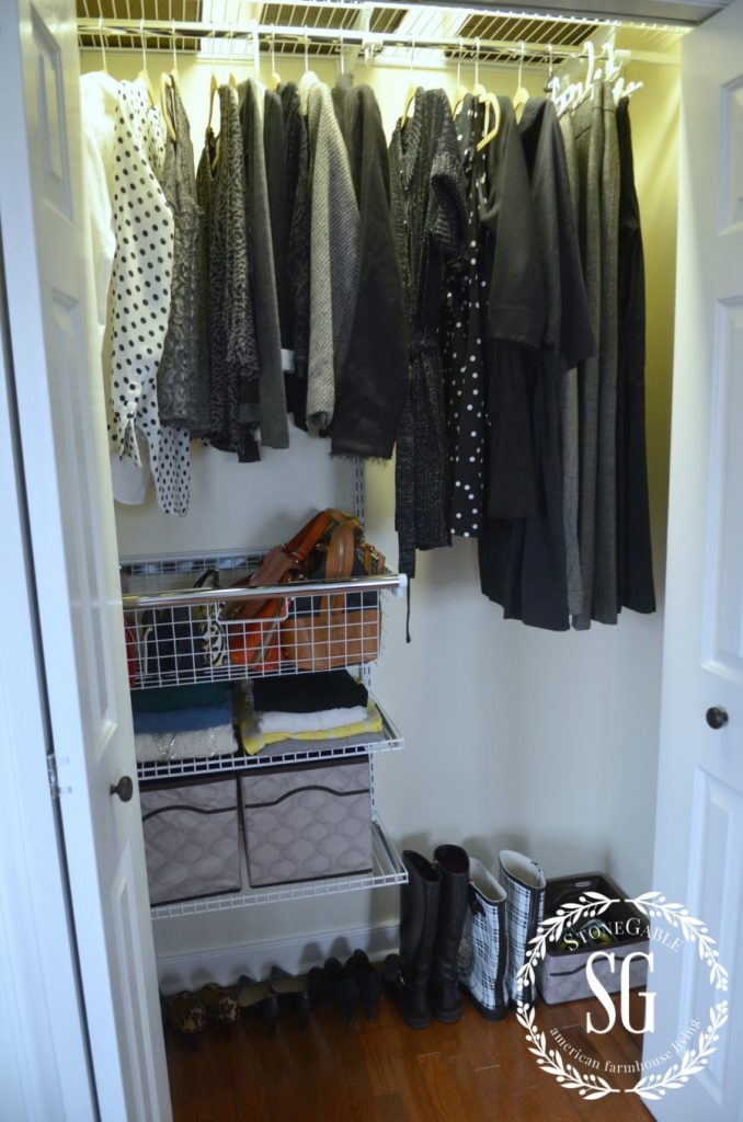 ORGANIZE AND TRANSFORM A CLOSET-great organized closet-stonegableblog.com
