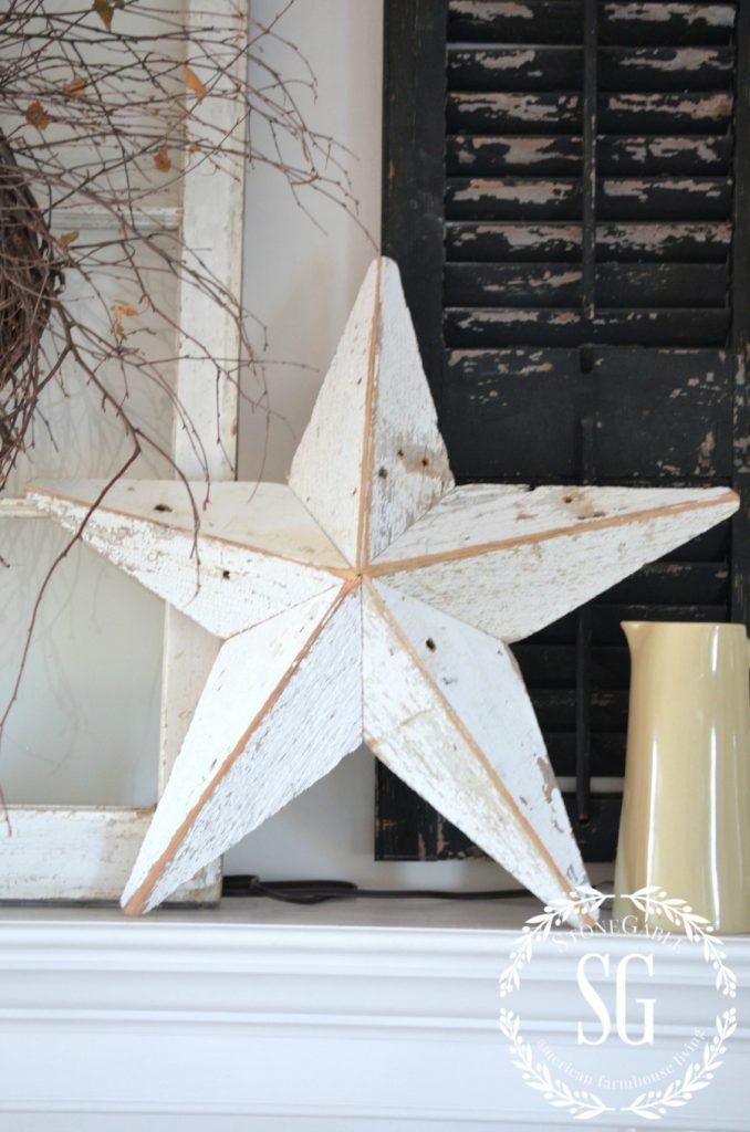 SIMPLE FARMHOUSE STYLE-star on mantel-stonegableblog.com