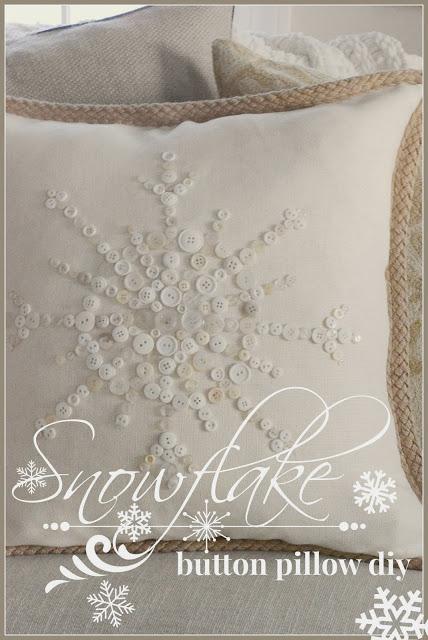 Snowflake+button+Pillow-Title+Page-stonegableblog1