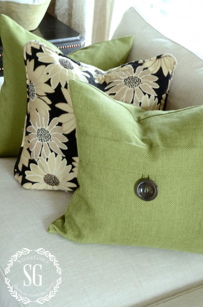 HOW TO BUILD A PILLOW COLLECTION LIKE A PRO-green and black pillows-stonegableblog.com