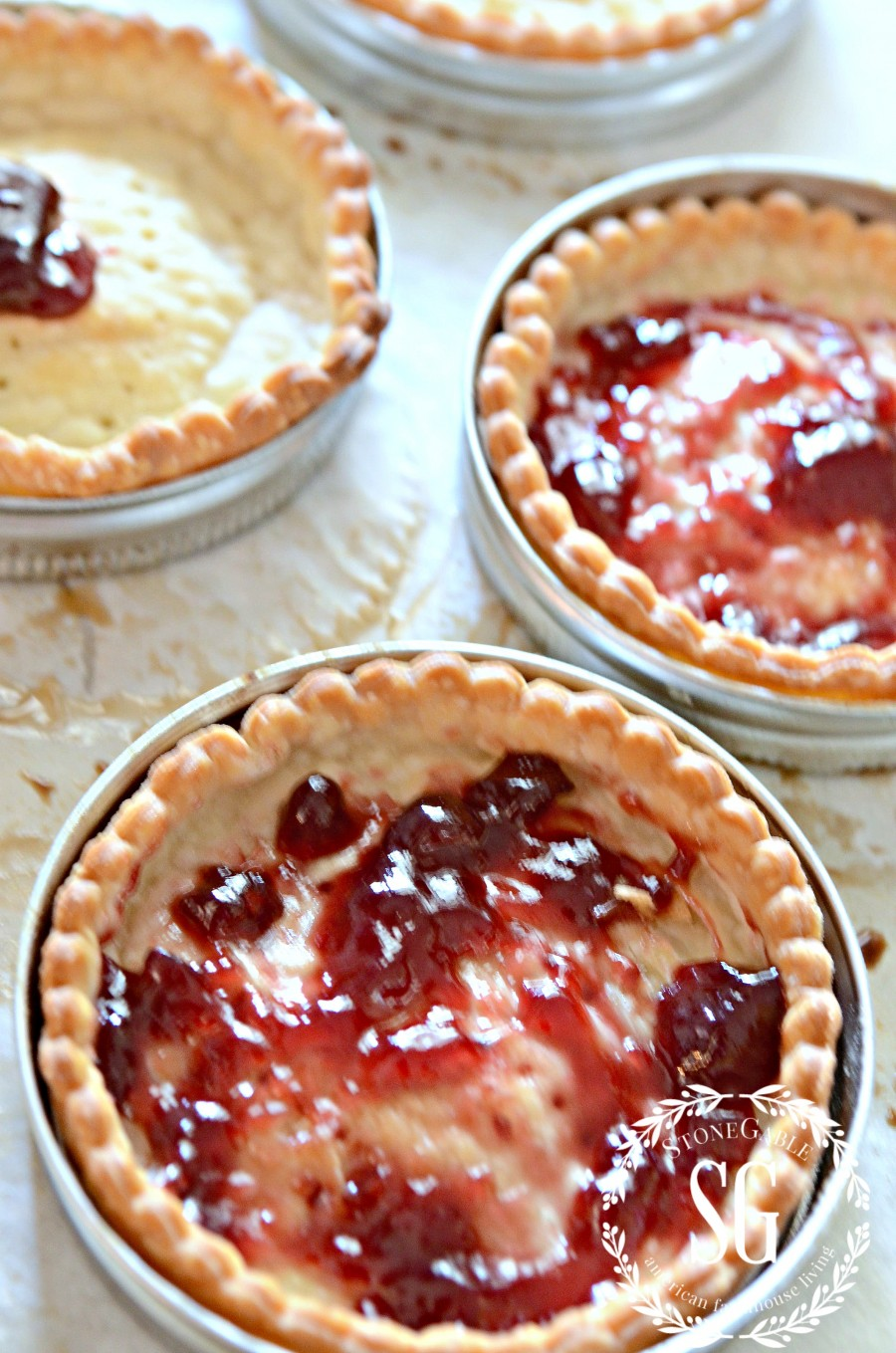 MASON JAR LID CHOCOLATE RASPBERRY TARTS-raspberry jam-stonegableblog.com