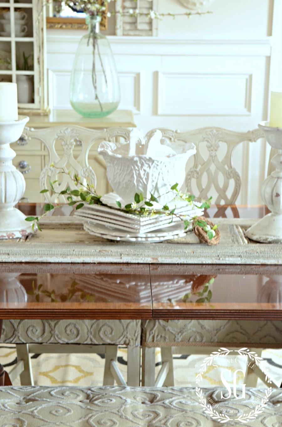 NEW DINING ROOM RUG-dining room centerpiece-stonegableblog.com