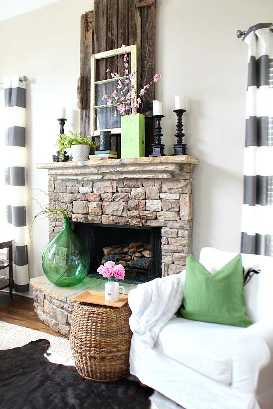 Spring-Mantel-at-Refresh-Restyle