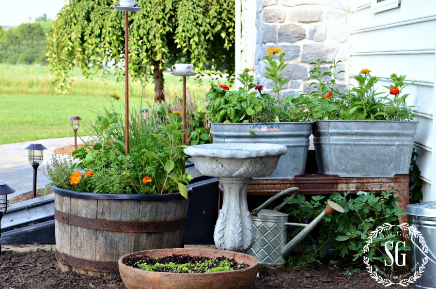 WHAT IS FARMHOUSE STYLE- kitchen garden-stonegableblog.com