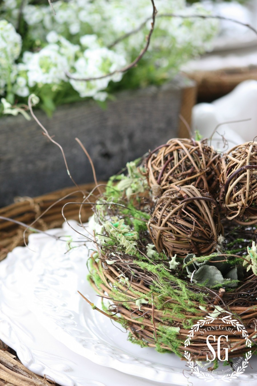 5 EASY TIPS FOR SETTING AN ORGANIC TABLE- bird nest-stonegableblog.com