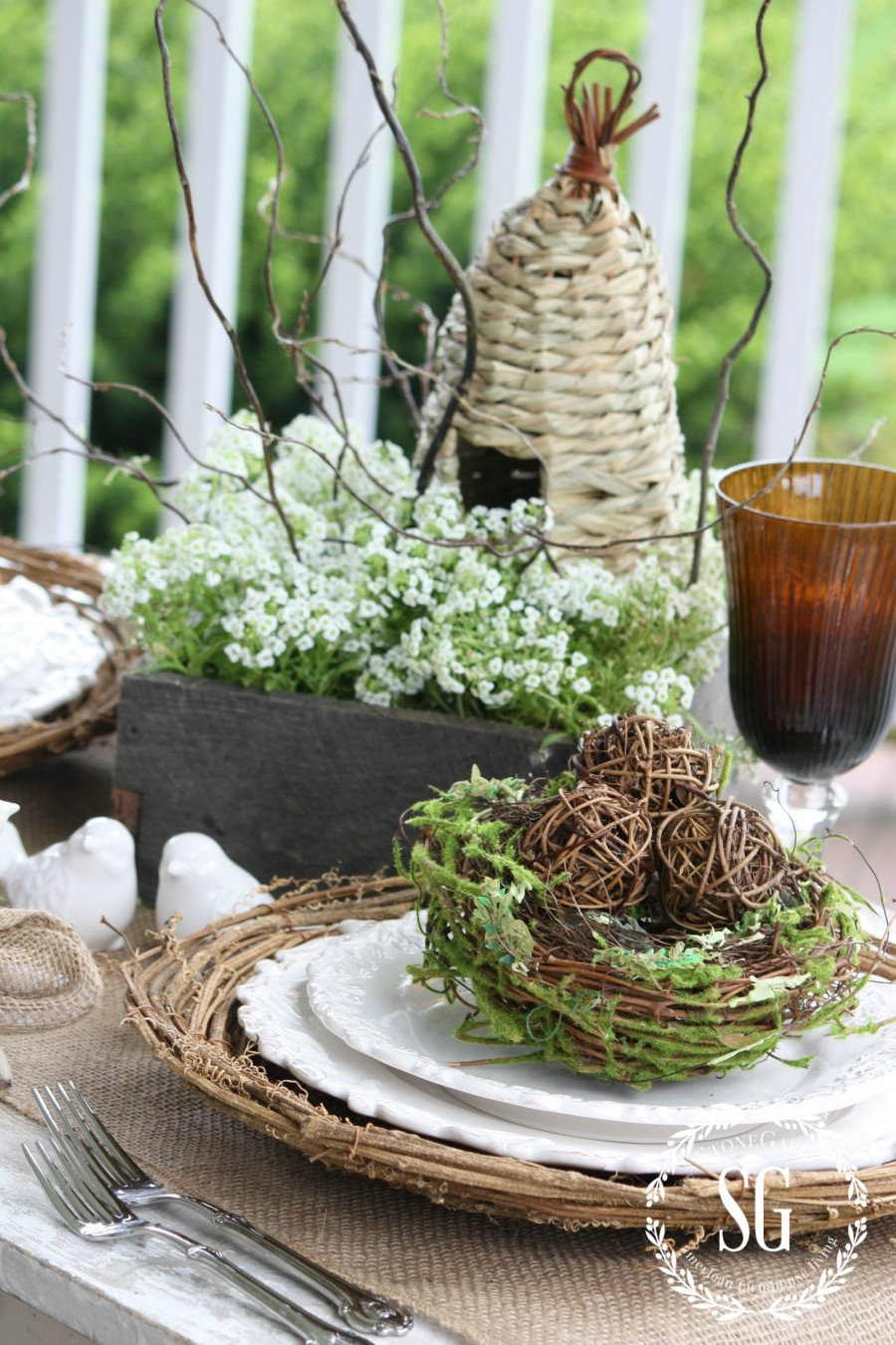 5 EASY TIPS FOR SETTING AN ORGANIC TABLE- natural colors-stonegableblog.com