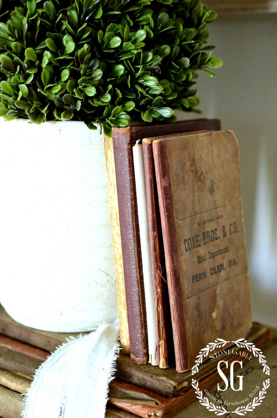 DISPLAYING FAMILY TREASURES- grouping books-stonegableblog.com