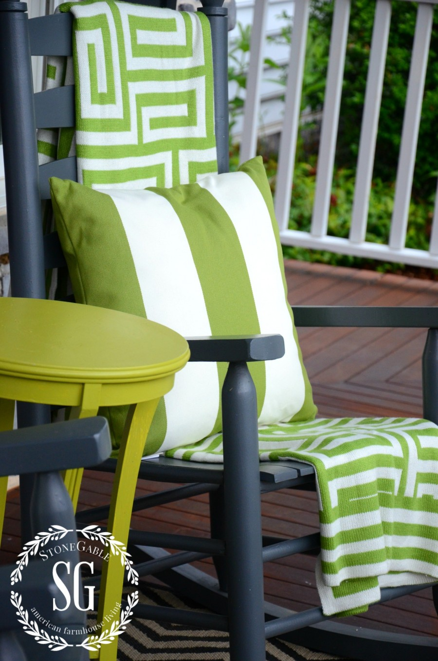 6 ESSENTIALS FOR CREATING AN OUTDOOR SPACE-add a throw-stonegableblog.com