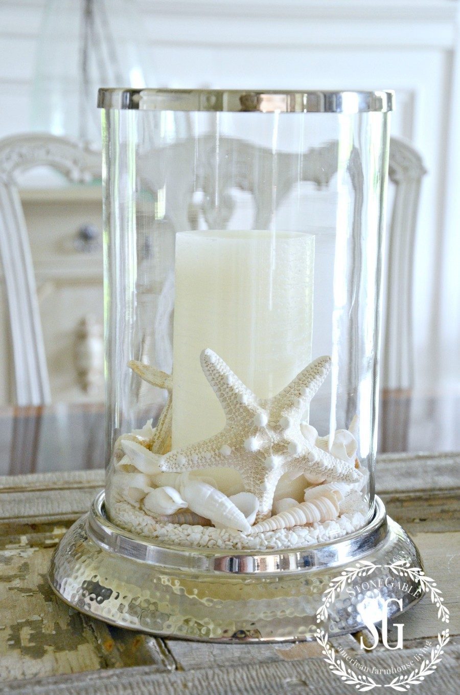10 MINUTE SUMMER DECORATING- shells on the dining room table-hurricane-stonegableblog.com