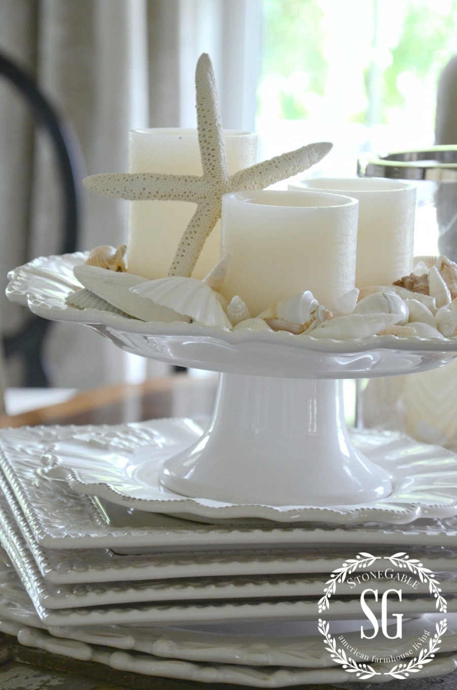 10 MINUTE SUMMER DECORATING-summer shell centerpiece-stonegableblog.com