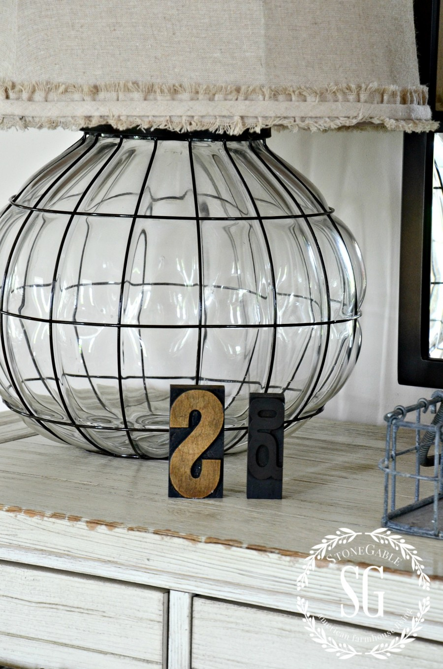 CREATING A WELCOMING FOYER-lamp in foyer-stonegableblog.com