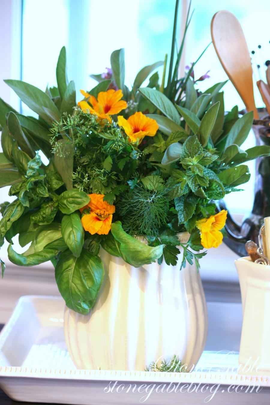 Herb Bouquet stonegableblog.com 5